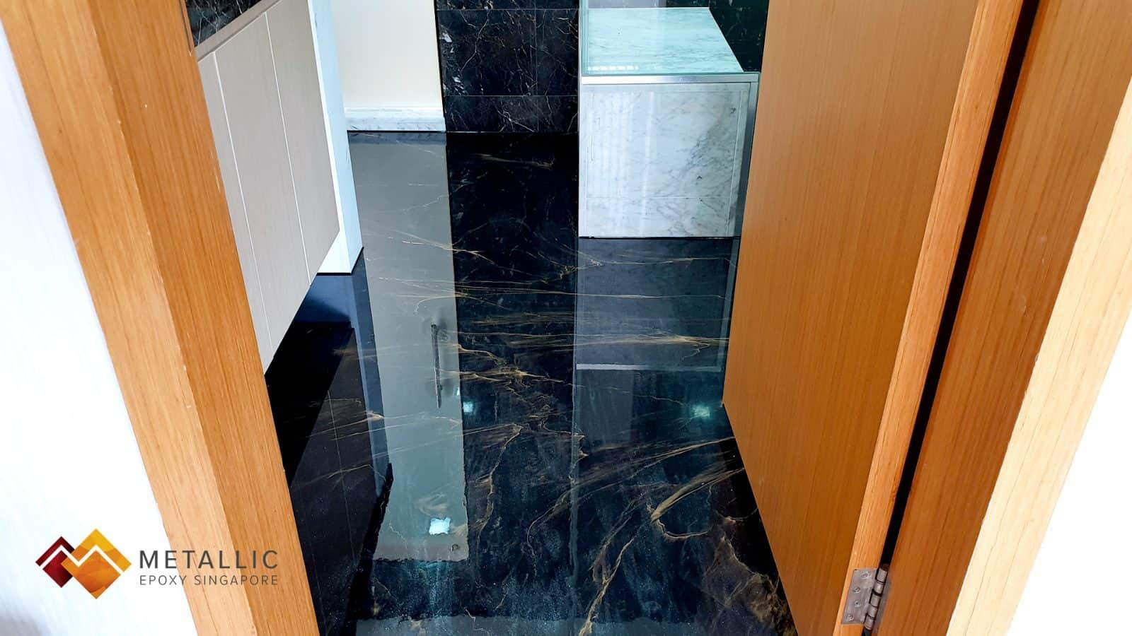Gold Veins Black Toilet Floor