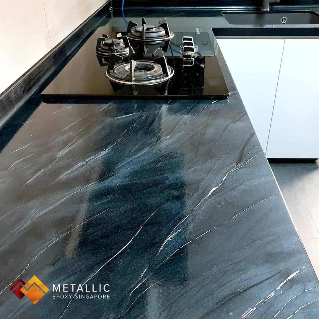 metallic epoxy coated countertop black white design