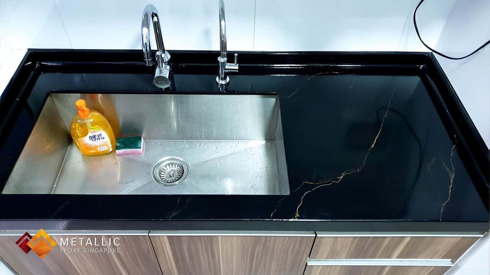 epoxy coated black gold countertop